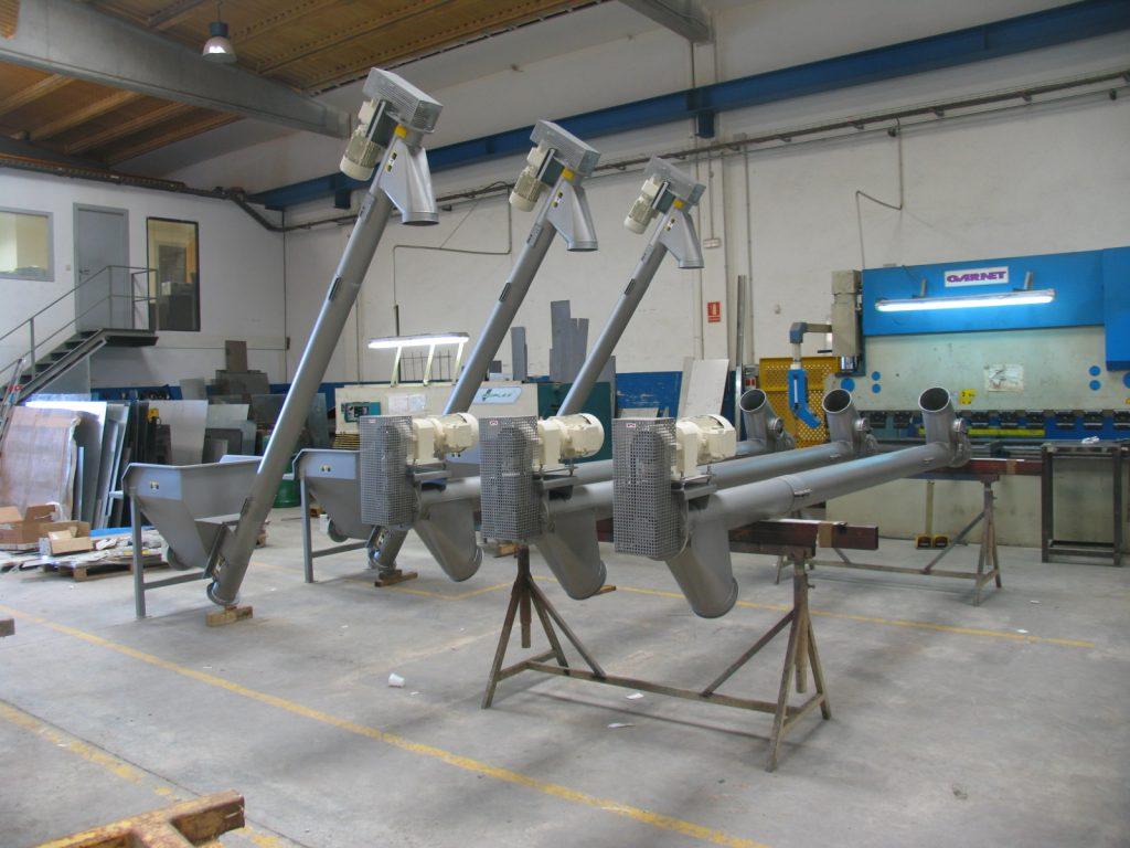 Tubular auger conveyors