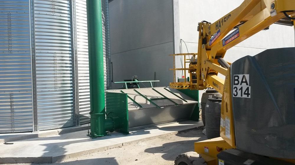 Tolva de carga biomasa 1