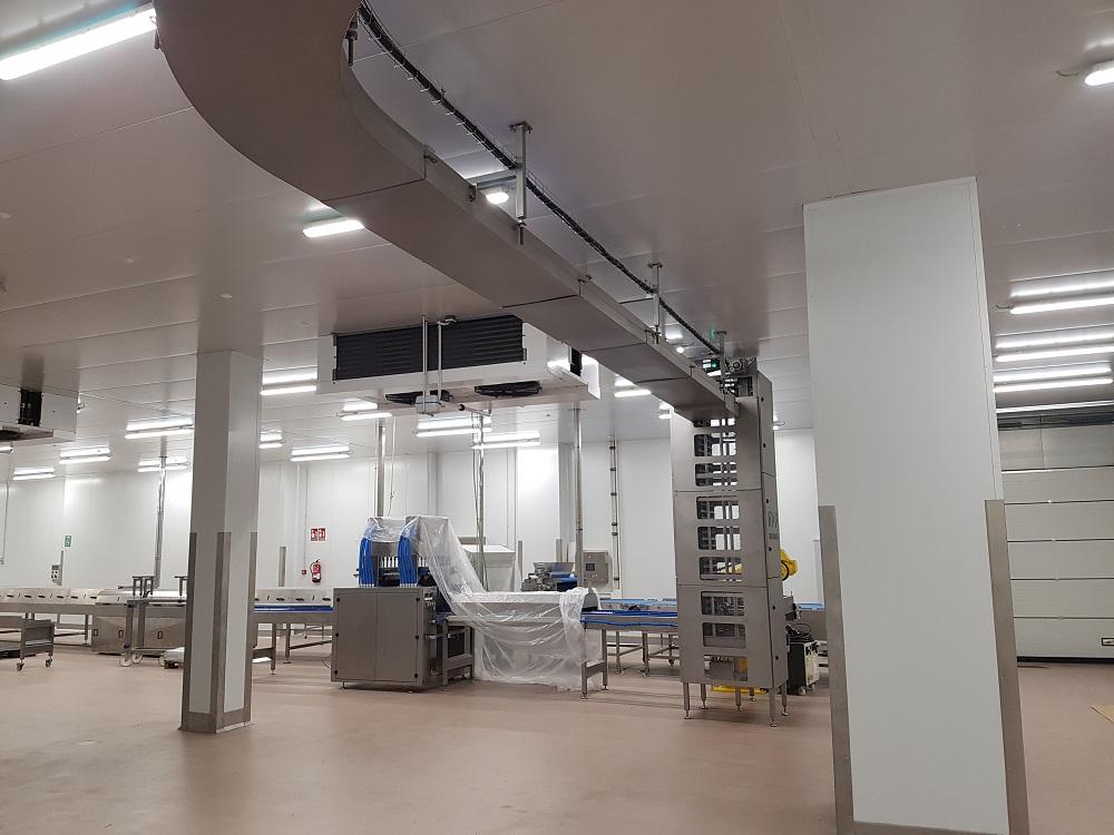 elevador bandejas + banda modular elevada